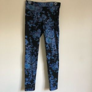 Express Floral Leggings Size Small